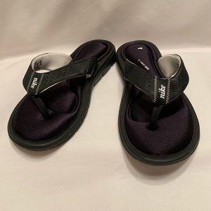 Nike flip flops comfort footbed foam sz 8 thongs